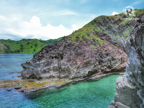 CLIFFS AND SEA. Five Fingers promises picturesque views of grays, greens, and blues. Photo by Rustan Jalos Padua