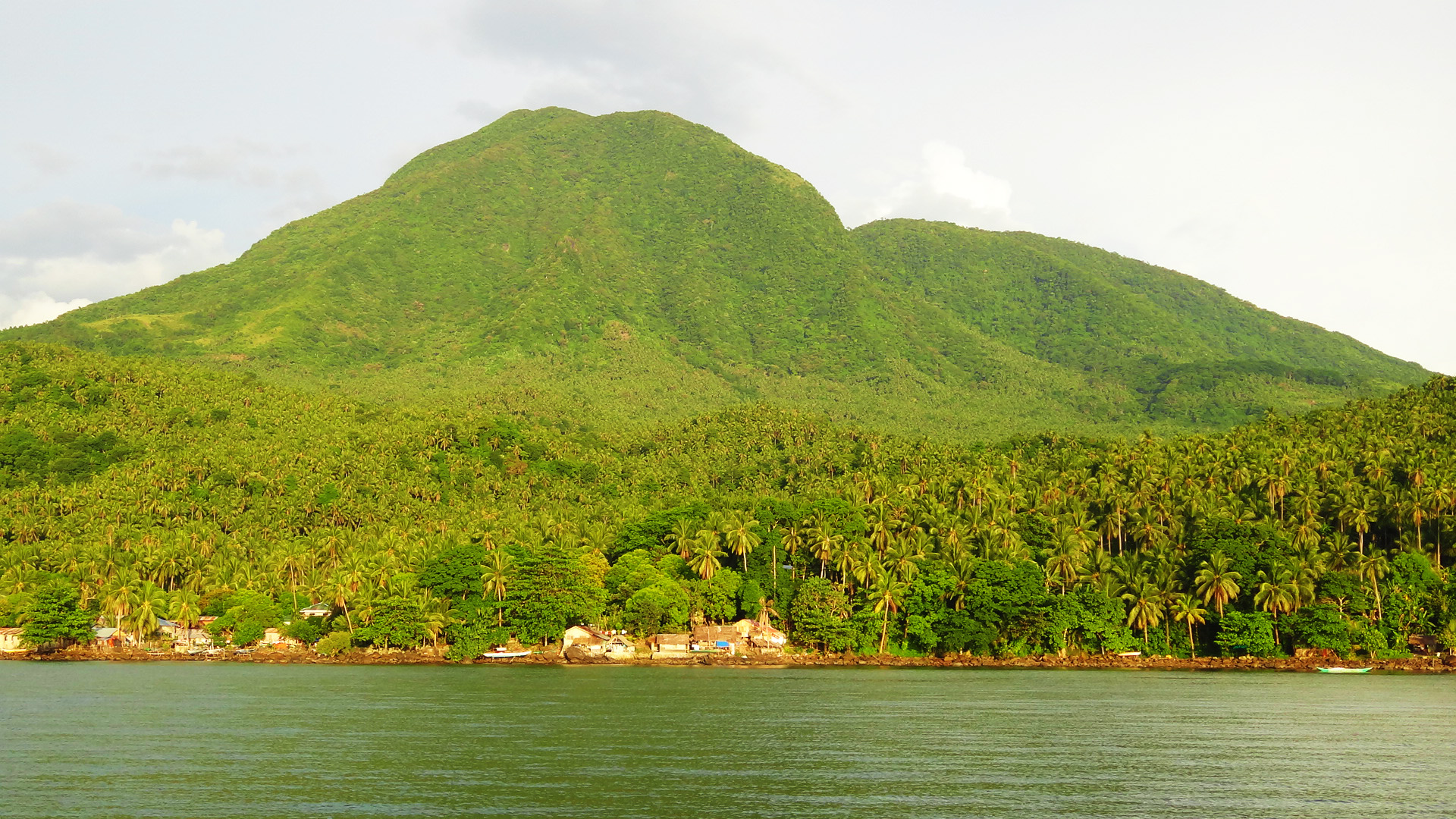 MOUNTAINS EVERYWHERE. Biliran is blessed with an abundance of mountains. This one is Mt Panamao.
