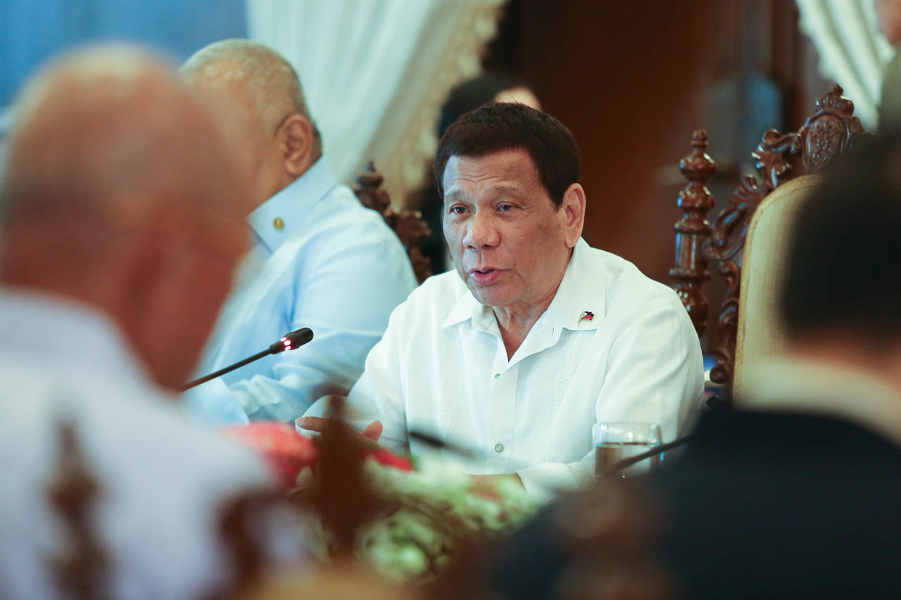 NOT HAPPY ABOUT DELAYS. President Rodrigo Duterte presides over the 34th Cabinet Meeting on February 6, 2019. Malacau00f1ang photo