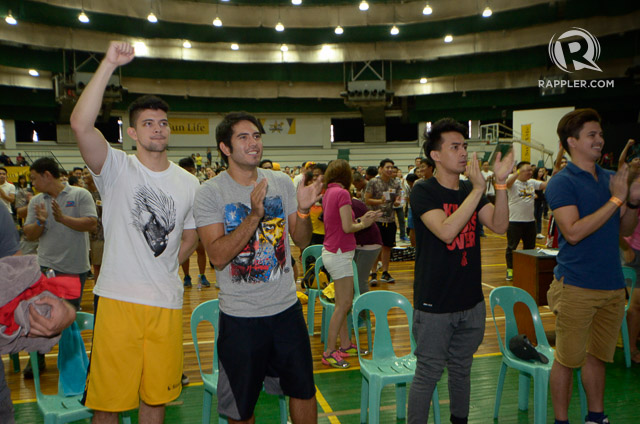 Jason Abalos, Rayver Cruz and Gerald Anderson during the Pacquiao-Mayweather viewing.