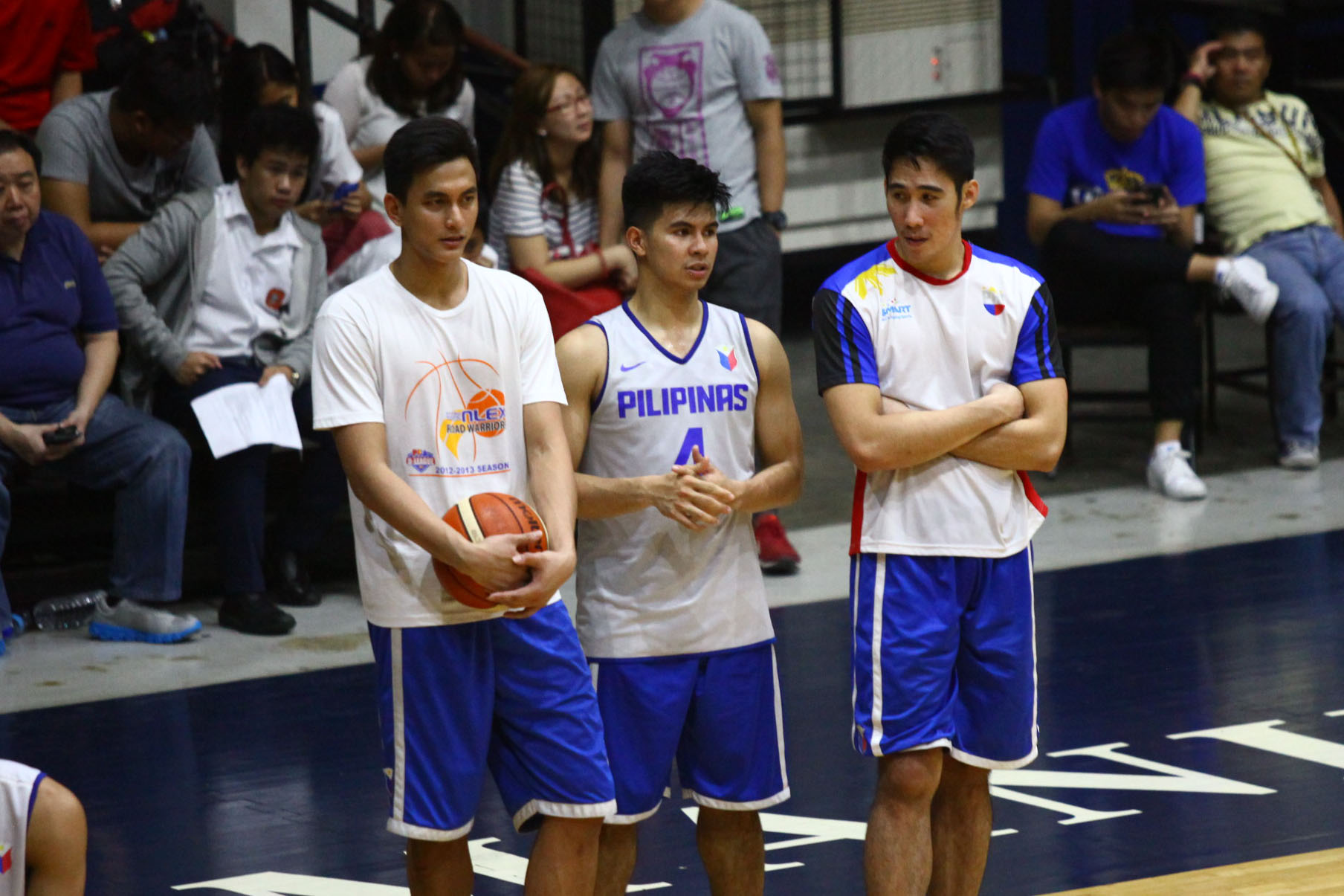 CADETS. (From left to right) Russel Escoto, Kiefer Ravena and Mac Belo help out their big brothers at Gilas Pilipinas. Photo by Josh Albelda/Rappler