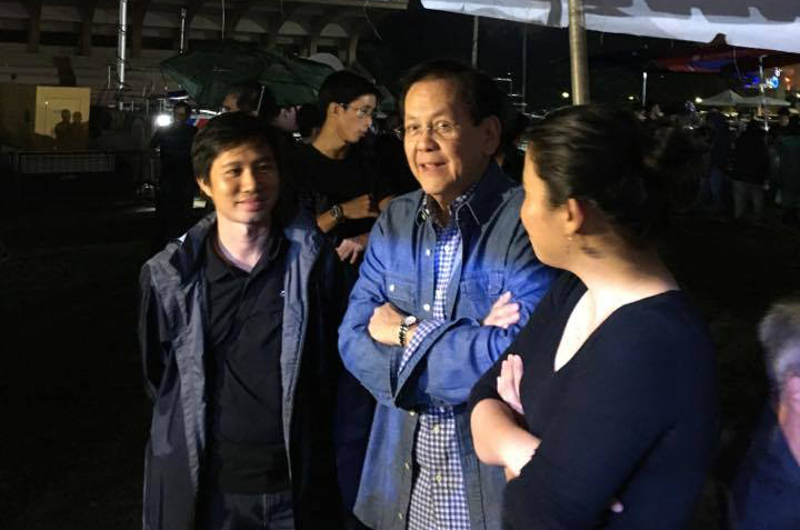 BACKSEAT. Former senator Serge Osmeu00f1a, ex-Marcos detainee who escaped from jail, is seen at the backstage. Photo by Rappler