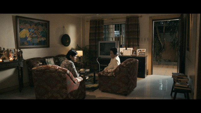 TIME. Actress Gloria Sevilla with real-life daughter Suzette Ranillo in a scene from 'Ang Maestra.'