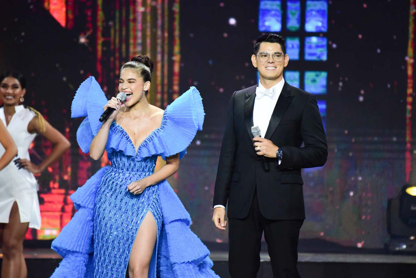 HOSTS. Anne Curtis and Richard Gutierrez hosted this year's edition of the pageant. Photo by Alecs Ongcal/Rappler
