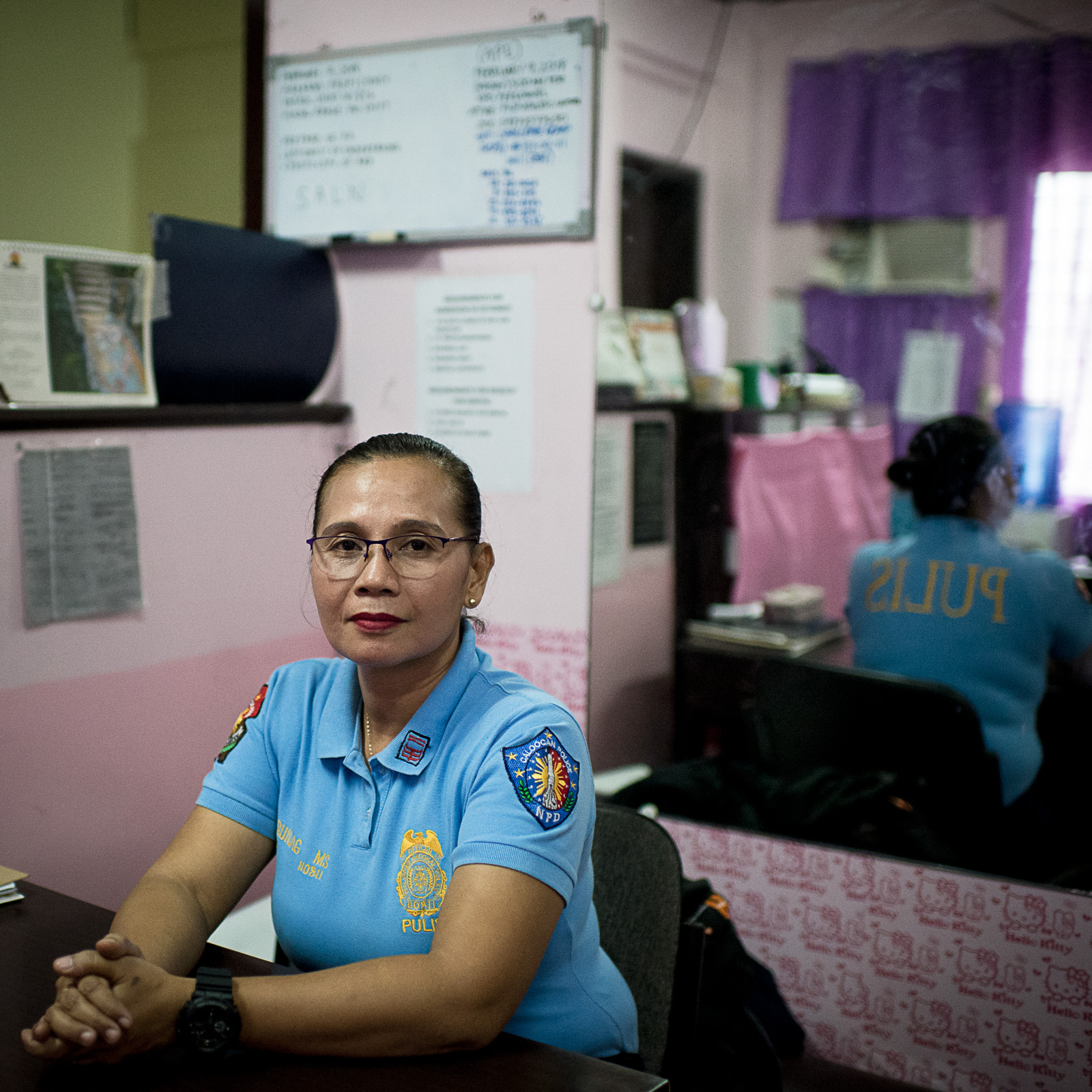 WOMAN FOR WOMEN. SPO3 Marikaye Daquioag's work in the women's desk has inspired her daughter to also become a cop. Photo by Eloisa Lopez/Rappler