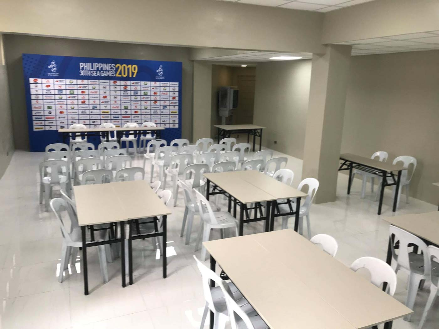 COMFORTABLE. The Rizal memorial 2019 SEA Games media center is now located inside the Ninoy Aquino Stadium. Contributed photo