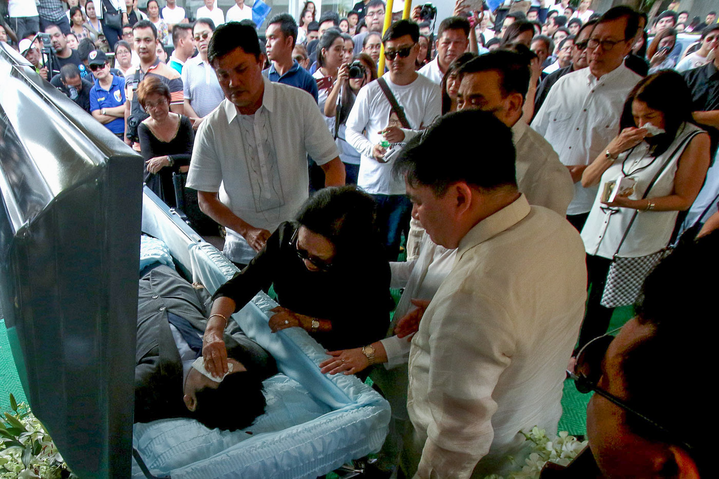 BURIED. Horacio Castillo III gets a burial with no suspects jailed. Rappler file photo