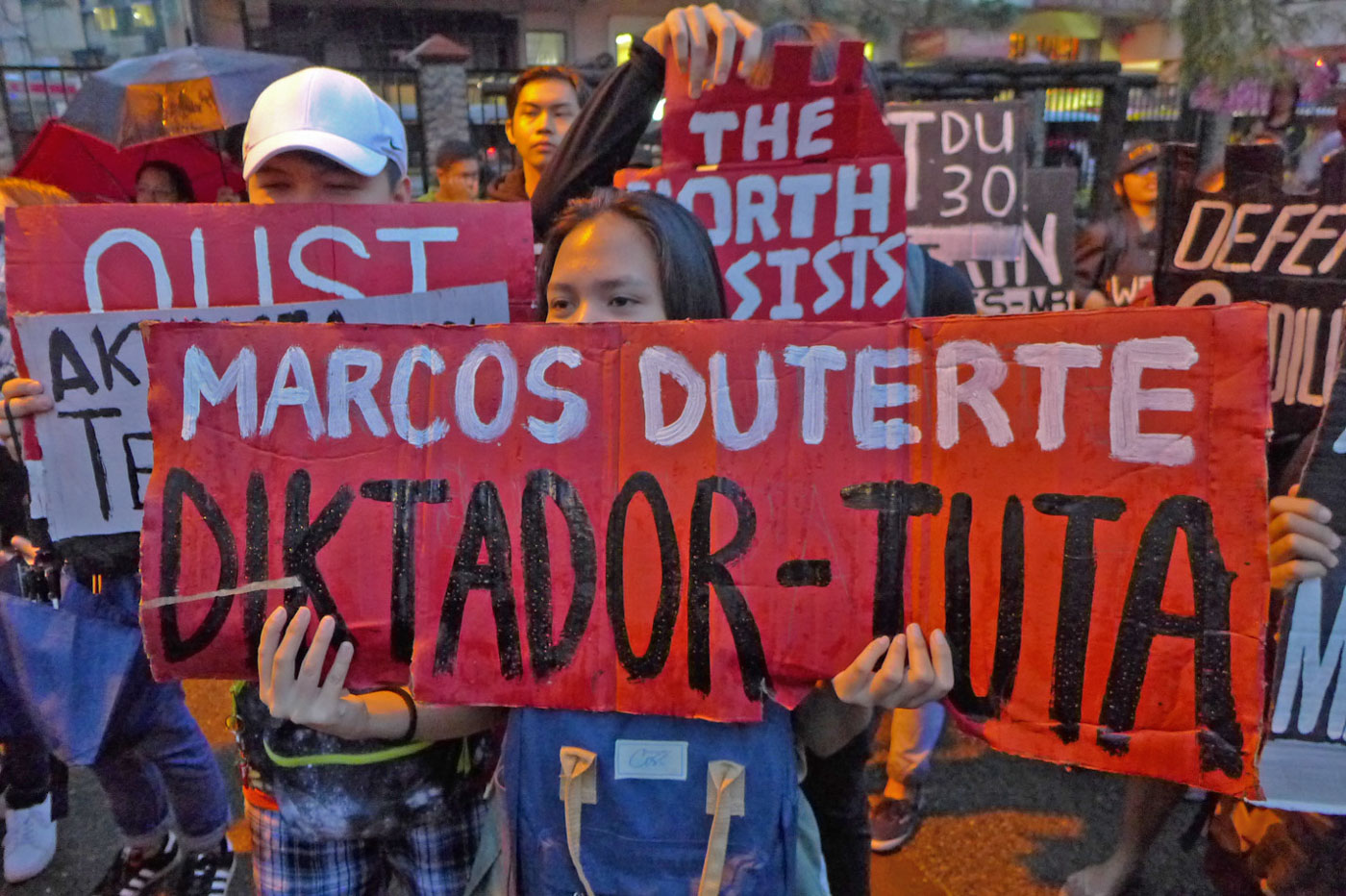 STUDENT PROTESTERS. Demonstrators, mostly students, called for the ouster of President Rodrigo Duterte as Baguio joined on September 21, 2018, the observance of the declaration of Martial Law. Photo by Mau Victa/Rappler