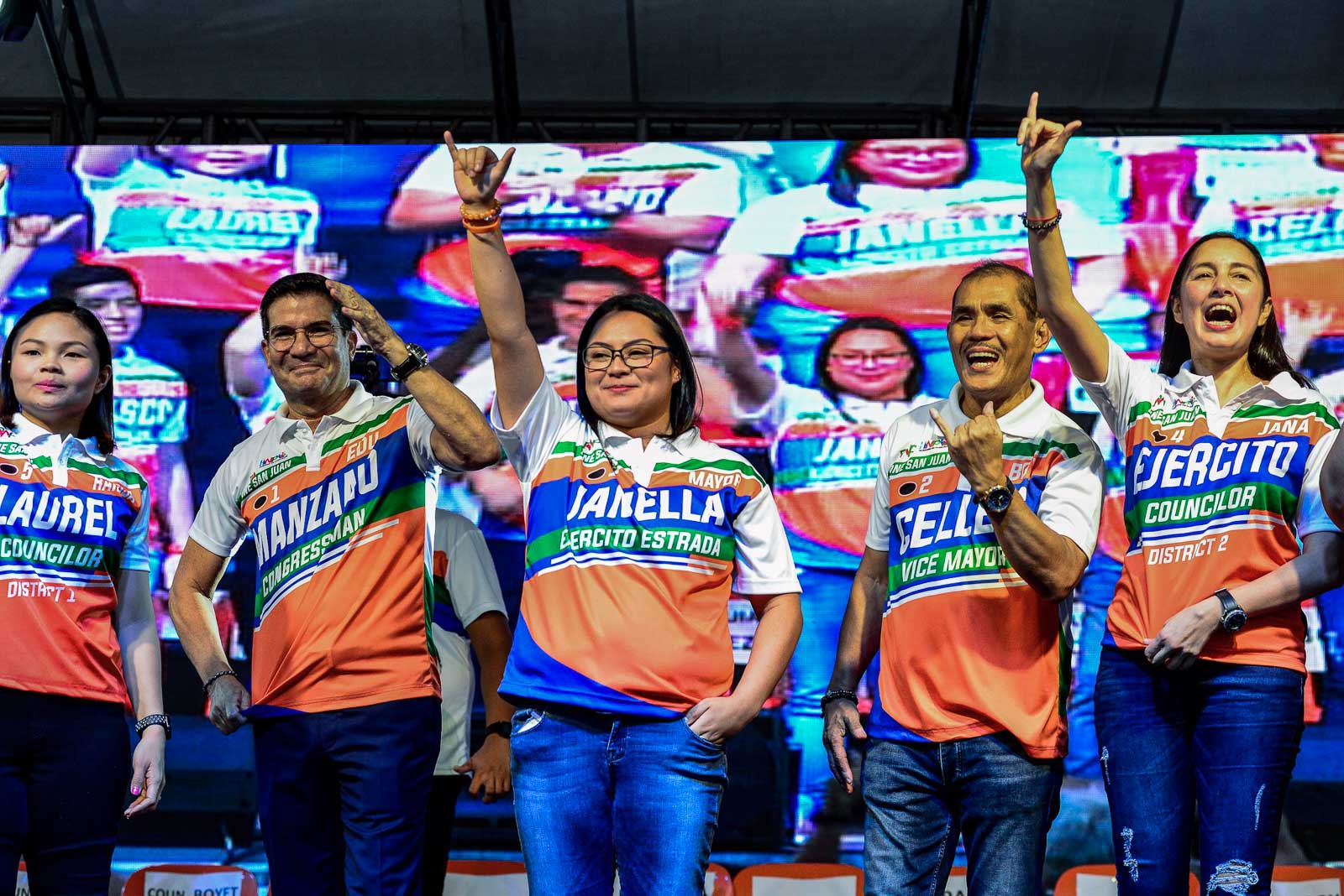 FOR LEGACY. Incumbent vice mayor and Pwersa ng Masang Pilipino mayoral candidate Janella Ejercito Estrada and her allies appear at the Team One San Juan miting de avance at the Pinaglaban Shrine grounds on May 11, 2019. Photo by Maria Tan/Rappler