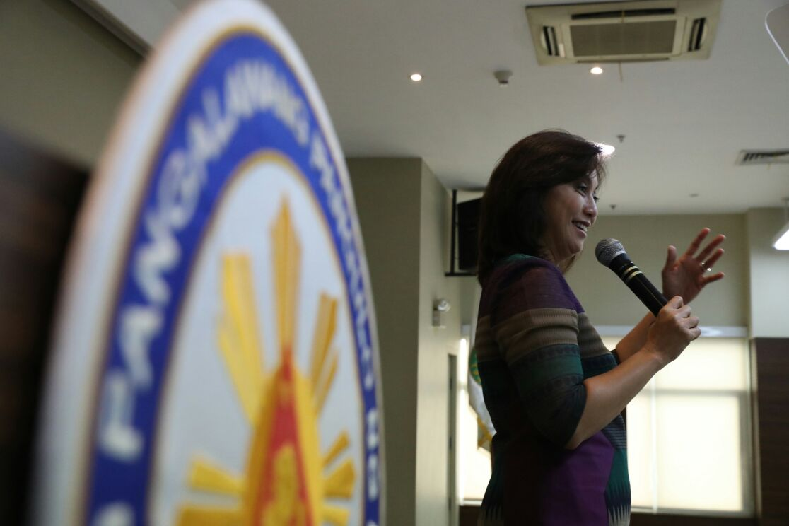 FOCUSED ON WORK. Robredo delivers a speech during a youth forum in January. Photo by OVP