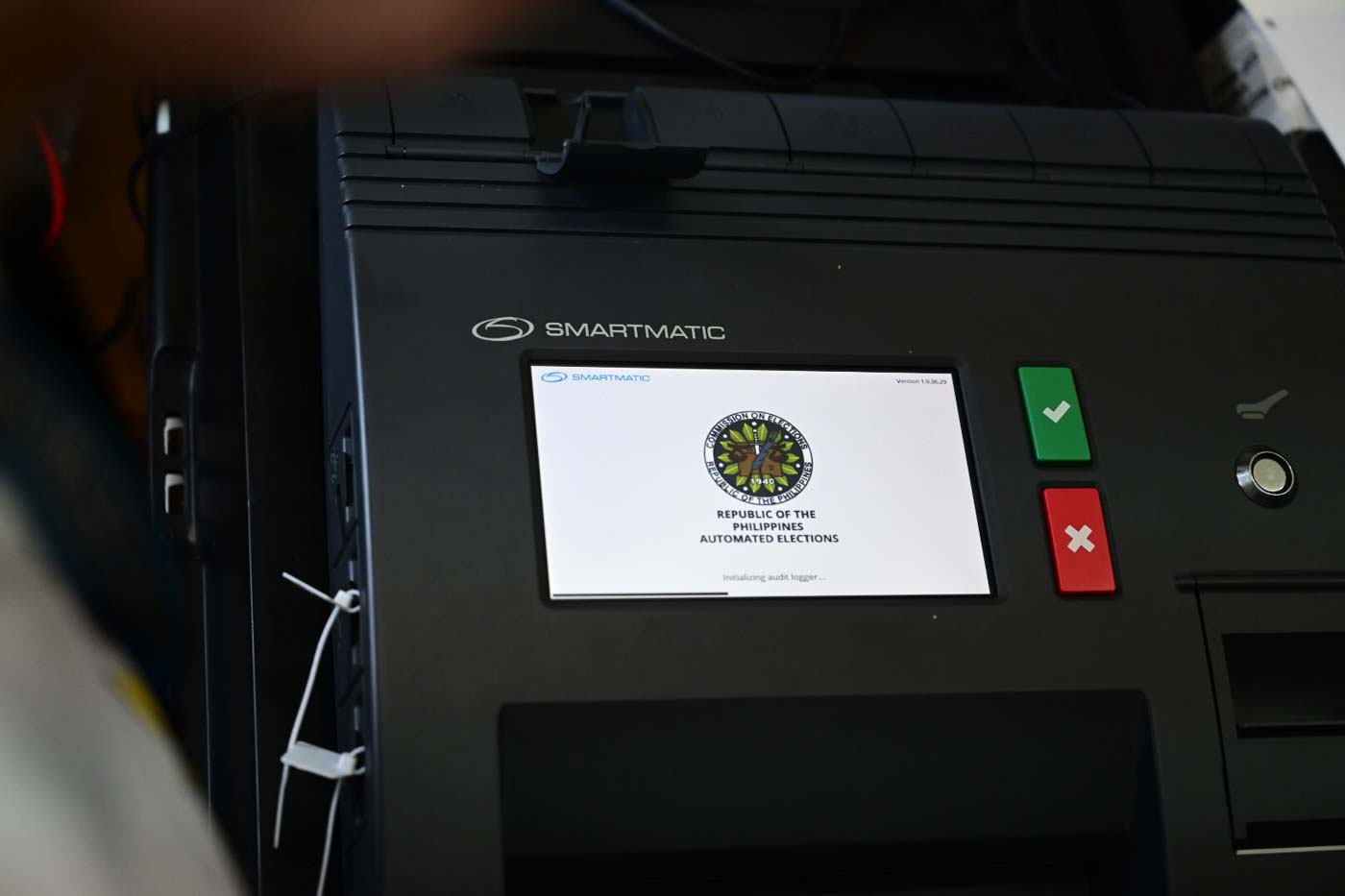 UNDER SCRUTINY. Will the Commission on Elections reuse Smartmatic vote-counting machines in the 2022 elections? Photo by Alecs Ongcal/Rappler
