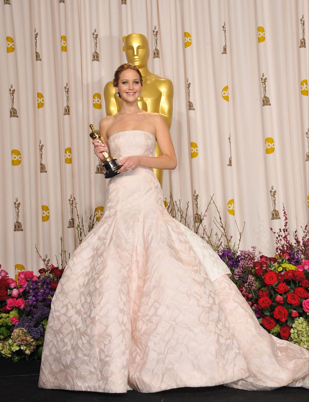 PRINCESS. Jennifer Lawrence wears a voluminous Dior dress.