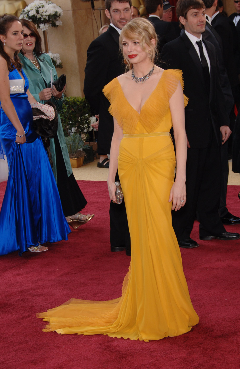 COLOR BLOCK. Michelle Williams plays with color in a Vera Wang gown.