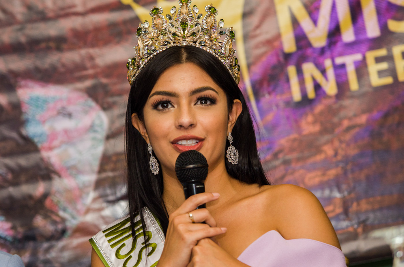 MS ECO INTERNATIONAL. Cynthia Thomalla speaks during her welcome home press conference. File photo by Rob Reyes/Rappler