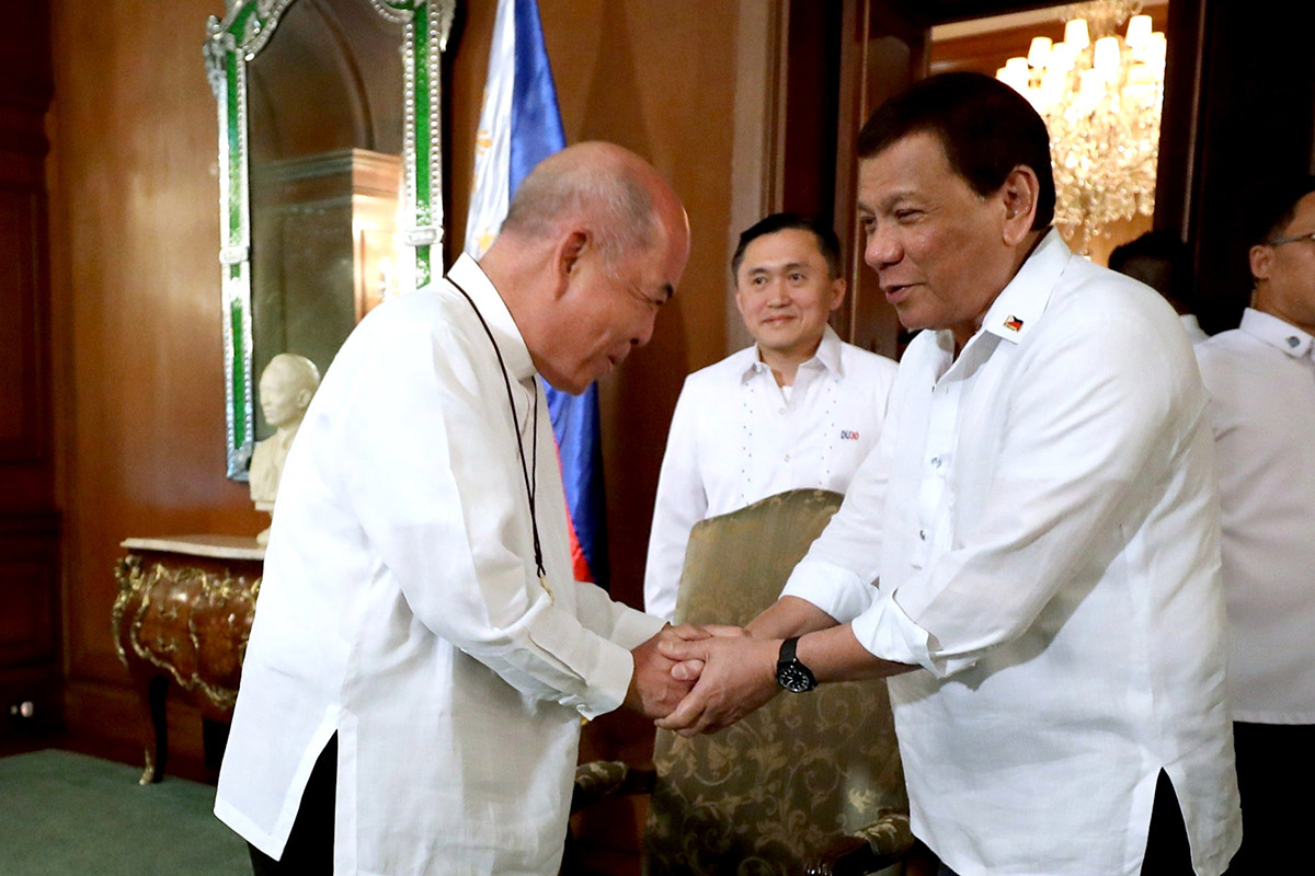 ALWAYS IN FRAME. It's been harder and harder to find a shot of President Duterte without Secretary Bong Go's face in it. Malacau00f1ang photo