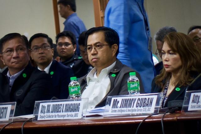NAMED HANDLER. Sacked police senior superintendent Eduardo Acierto attends Senate probe into missing P6.8-billion shabu. Photo by Rambo Talabong/Rappler