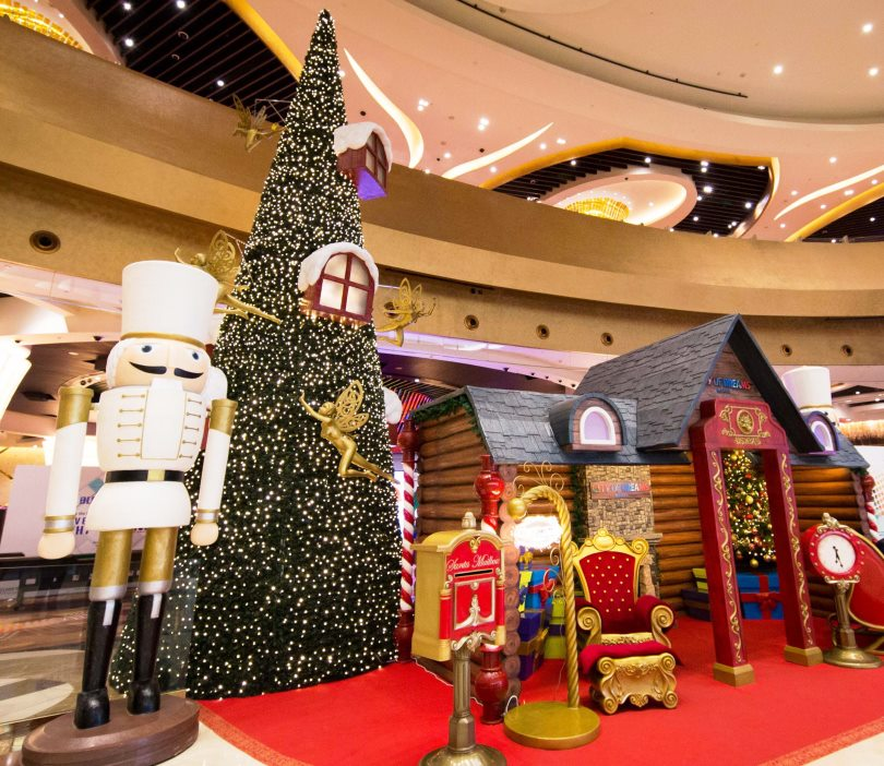 CITY OF DREAMS. Their tree is part of a European-themed Christmas tableau. Photo courtesy of City of Dreams Manila