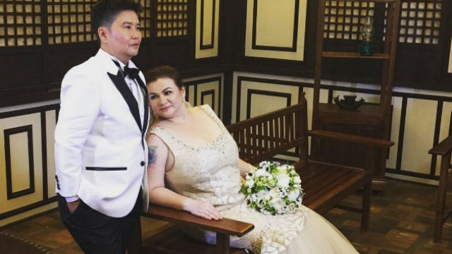 ROSANNA AND BLESSY. Actress Rosanna Roces and partner Blessy Arias marry at the Alexa's Secret Garden in Antipolo City. Screengrab from Instagram/@aalixjr
