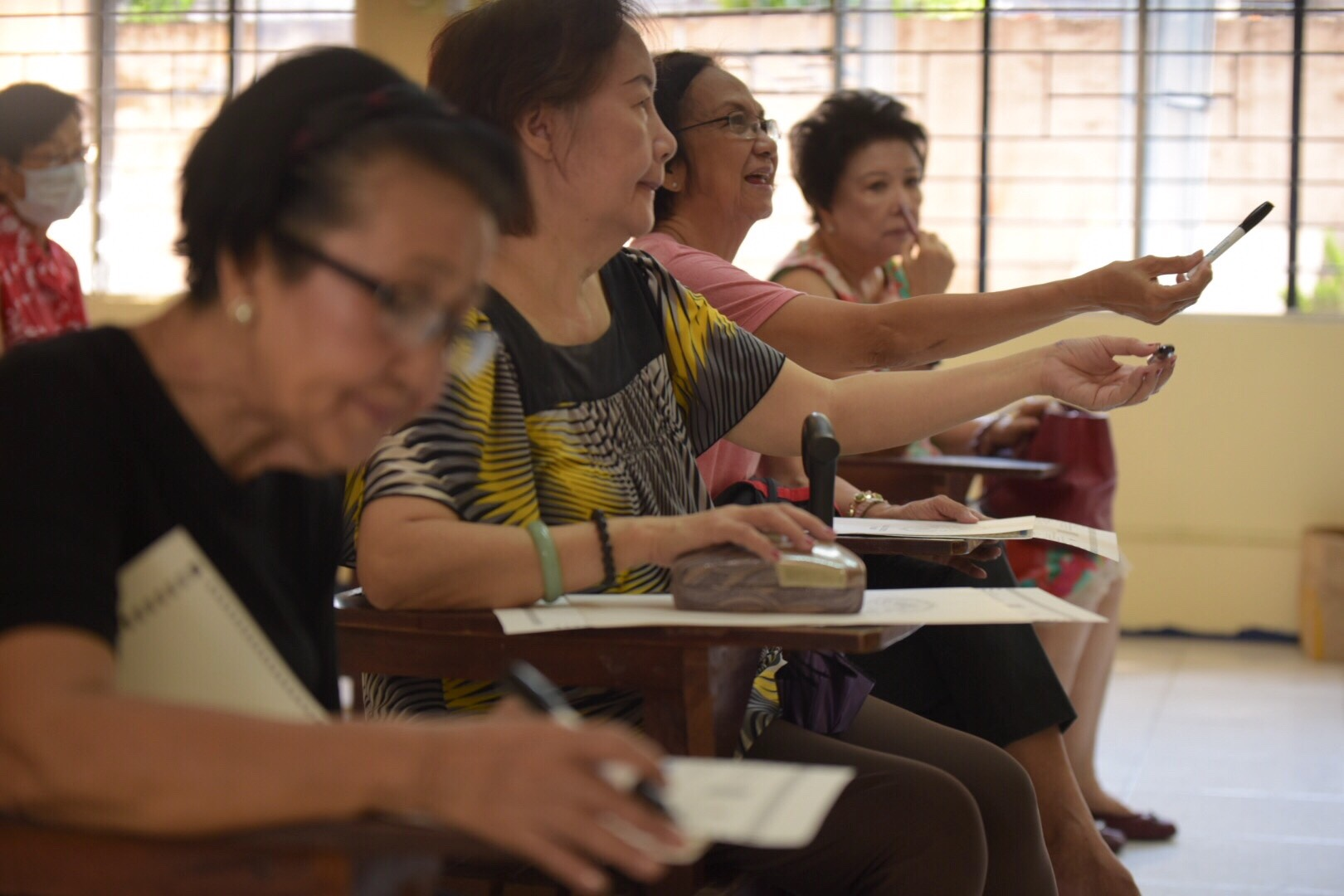 QUEZON CITY. The elderly voters are the priority at the Don A Roces Science HS in Quezon City. Photo by LeAnne Jazul/Rappler