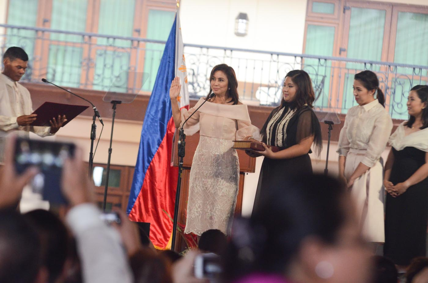 DULY ELECTED. Vice President Leni Robredo takes her oath at the Quezon City Reception House on June 30, 2016. Photo by Alecs Ongcal/Rappler