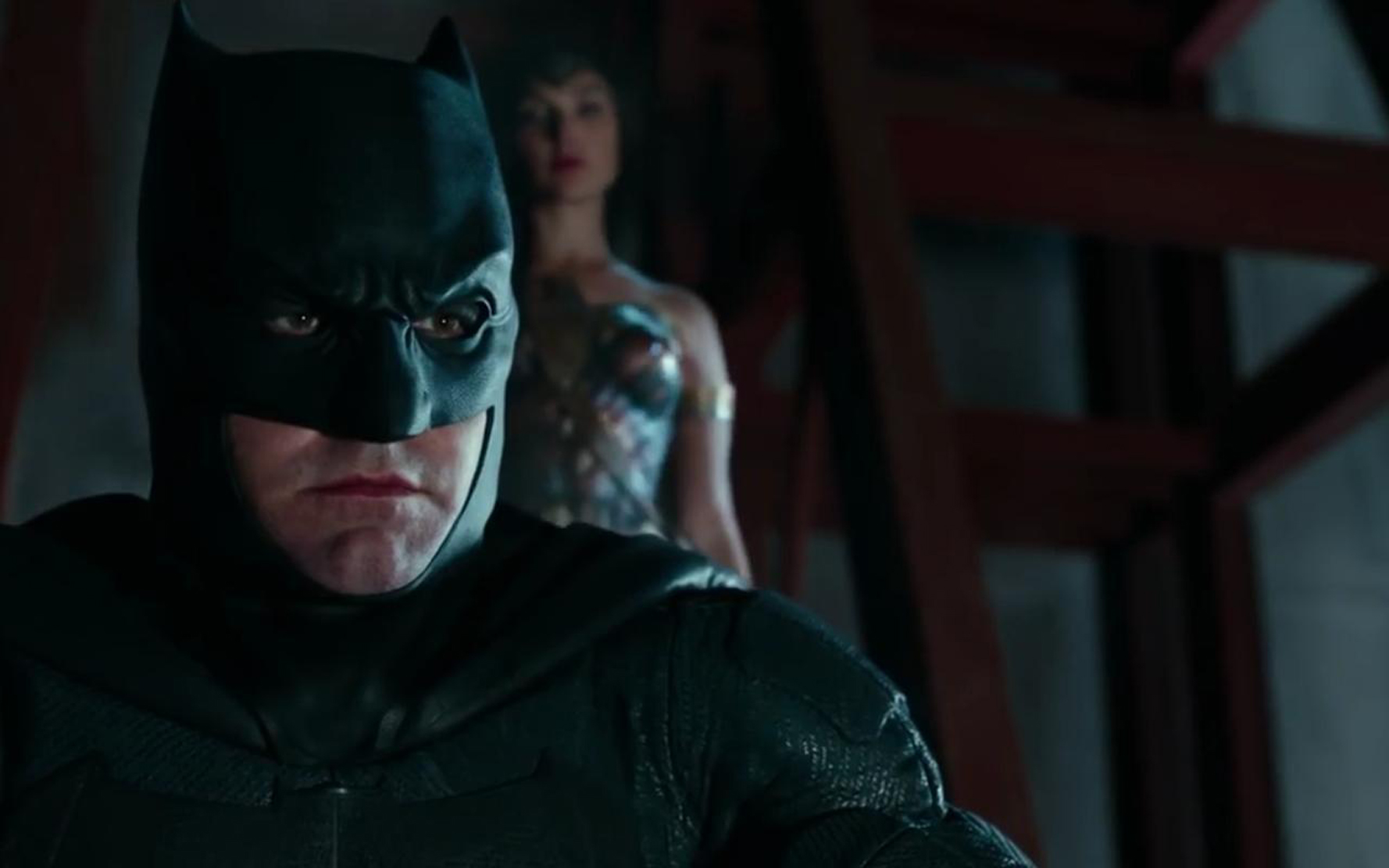 Batman and Wonder Woman seek the help of other superheroes, following the death of Superman