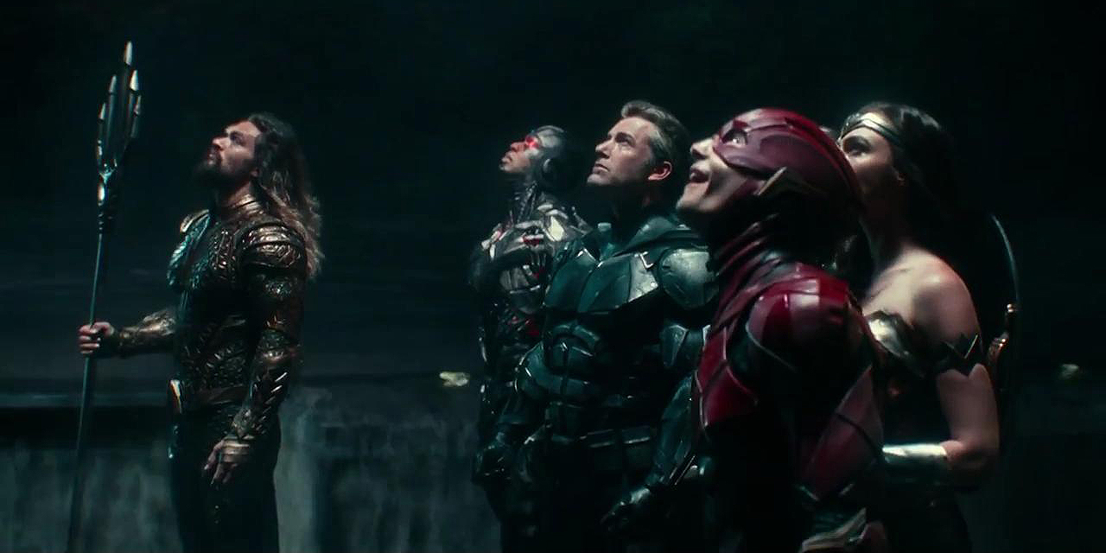 The heroes unite as they try to stop Steppenwolf from destroying the world