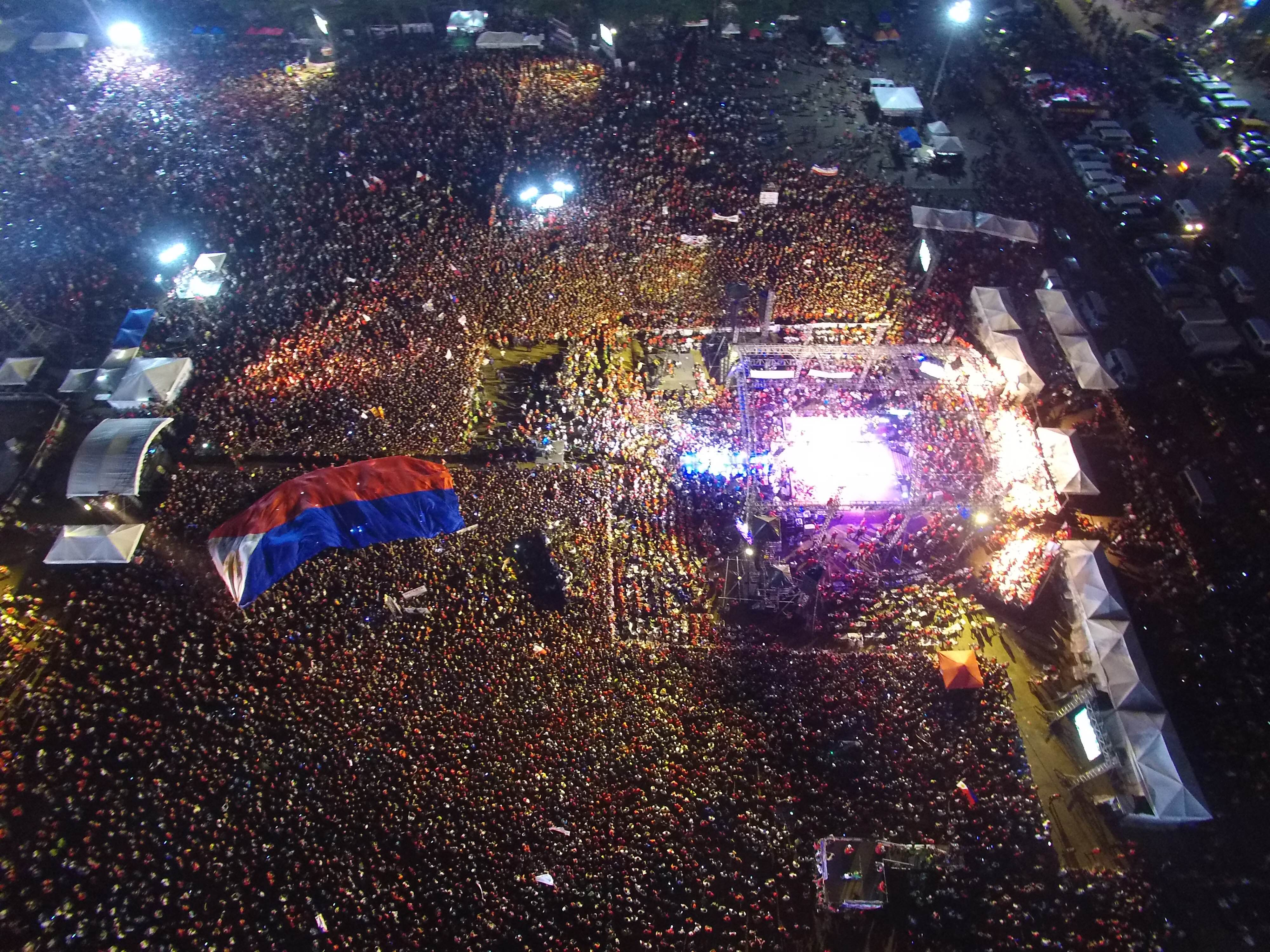 CROWDS. An aerial photo showing thousands of supporters, of Filipino presidential candidate, Davao City Mayor Rodrigo Duterte during his 'miting de avance' on May 7, 2016. Photo by Cocoy Sexcion/EPA
