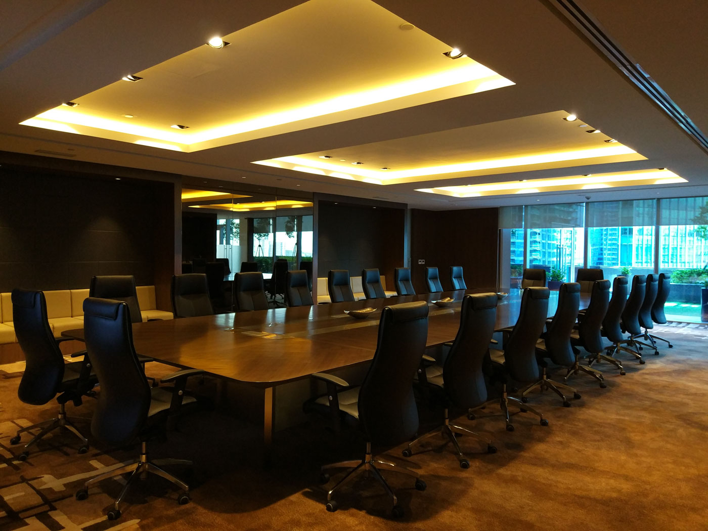 SEAT OF POWER. The tower will also serve as the home base for Alliance Global's directors, including chairman Andrew Tan. Pictured here is the executive boardroom that can accommodate up to 55 people. Photo by Chris Schnabel/Rappler
