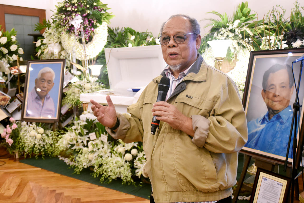 'ROLE MODEL.' Lutz Barbo gives his eulogy at the wake of the late Senator Aquilino u0022Neneu0022 Pimentel Jr on October 22, 2019. Photo by Angie de Silva/ Rappler