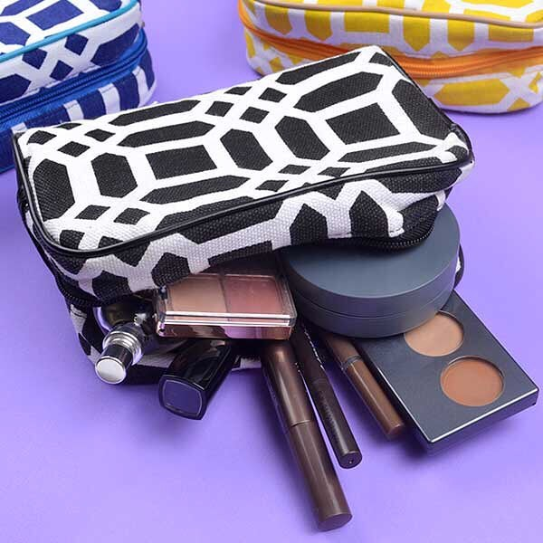 Makeup pouch (P250) from izzoshop.com
