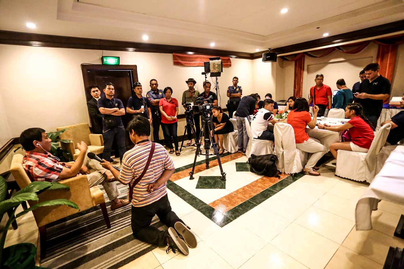 E-DAY. Duterte is interviewed by media after voting in Davao City. Photo by Manman Dejeto/Rappler