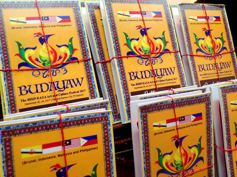'BUDAYAW-MADE.' There are also products especially made for Budayaw, like these chocolates. Photo by Rhea Claire Madarang/Rappler