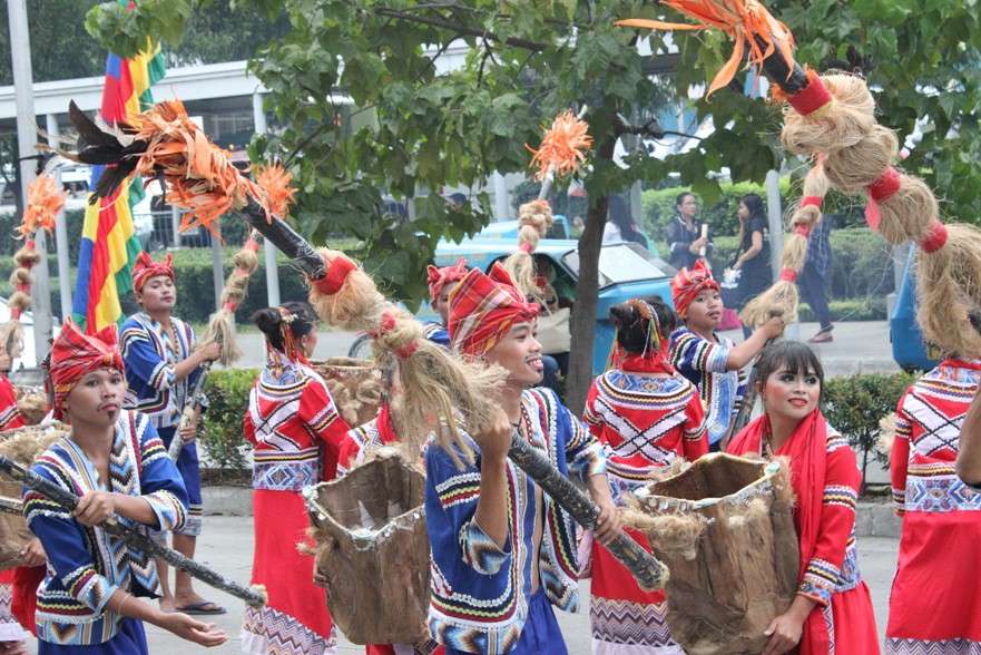 FESTIVAL OPENING. The festival officially began last September 20 with traditional dance performances. Photo by Faith Yangyang/NCCA