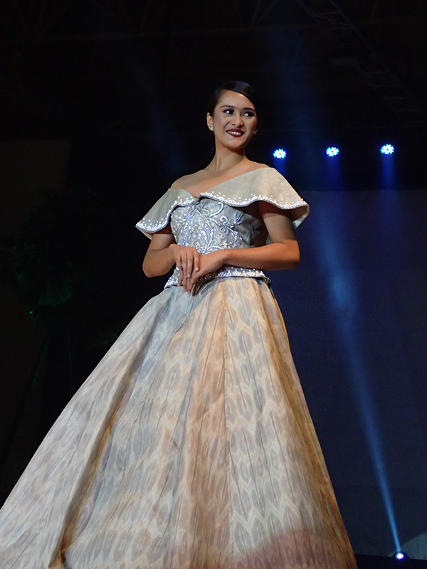 ABACA. Renee Salud designed this dress using abaca from the Bicol Region. Photo by Rhea Claire Madarang/Rappler