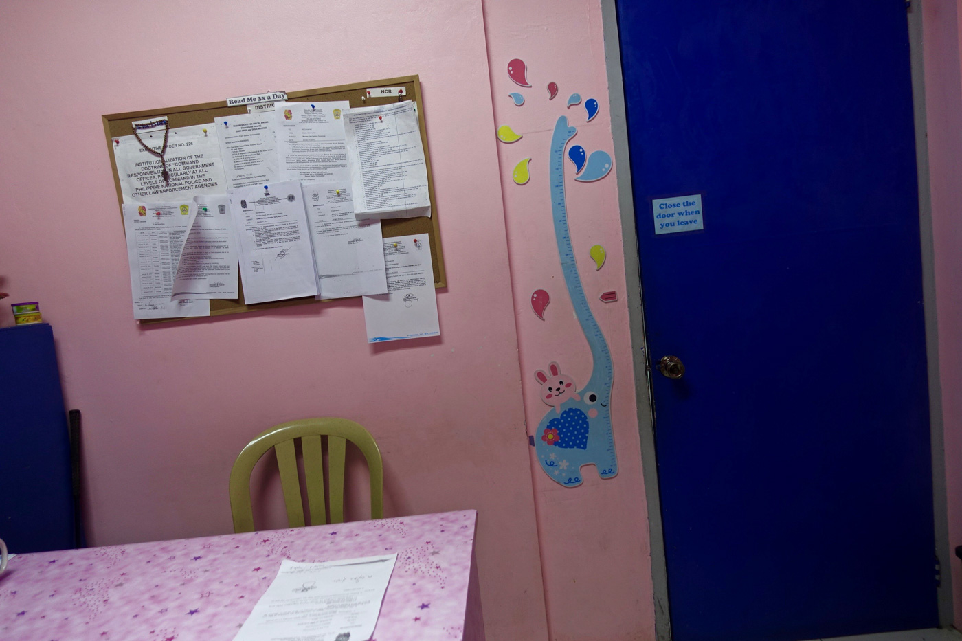 PINK ROOM. The women and children protection desk at the Batasan police station. Photo by Rambo Talabong/Rappler