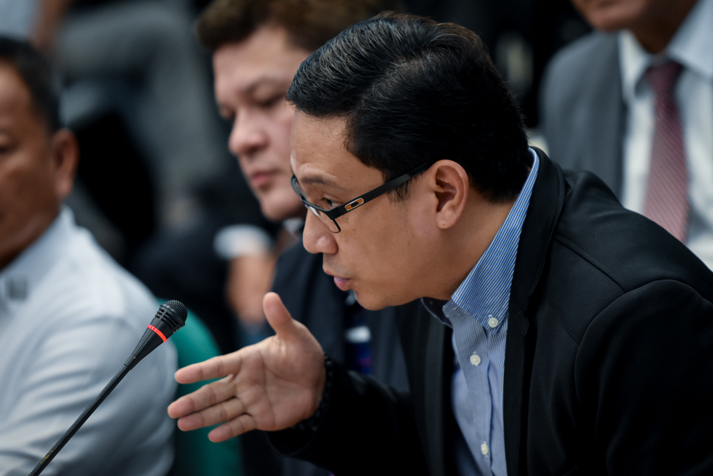 CONTROVERSY. Presidential son-in-law Manases Carpio denies allegations he was ever involved in smuggling. Photo by LeAnne Jazul/Rappler