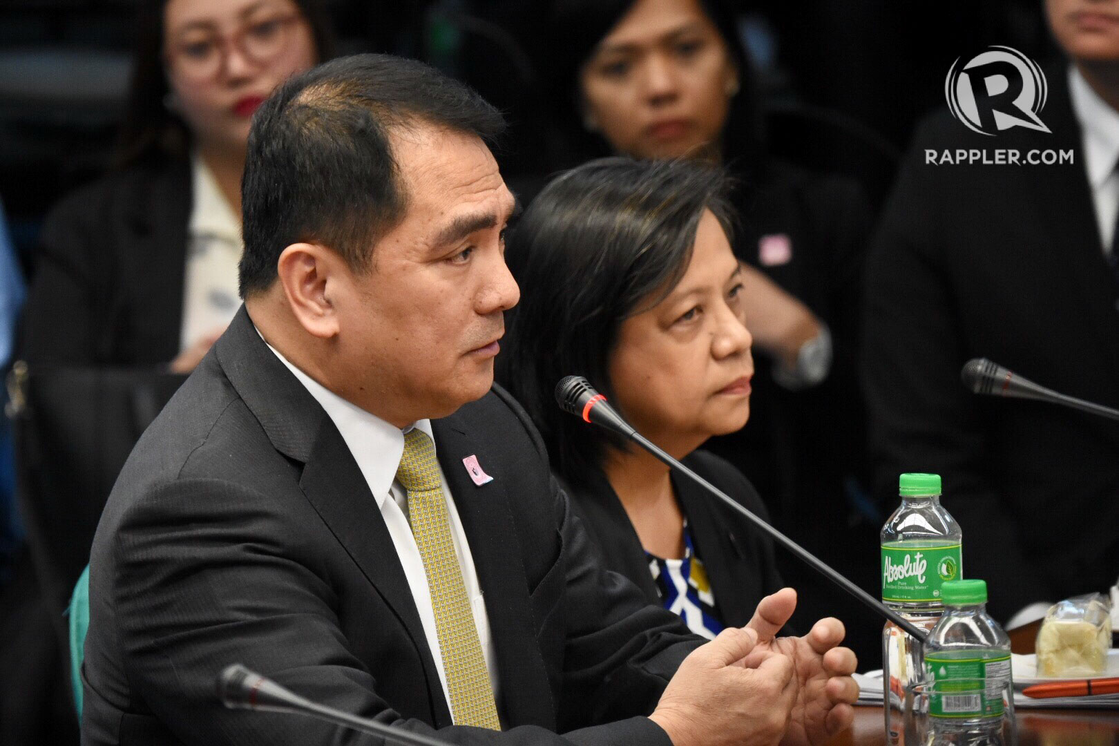 THE DEAN. The UST Faculty of Civil Law Dean Nilo Divina is also accused of being complicit in Castillo's hazing done by his own fraternity, Aegis Juris. Photo by Rappler