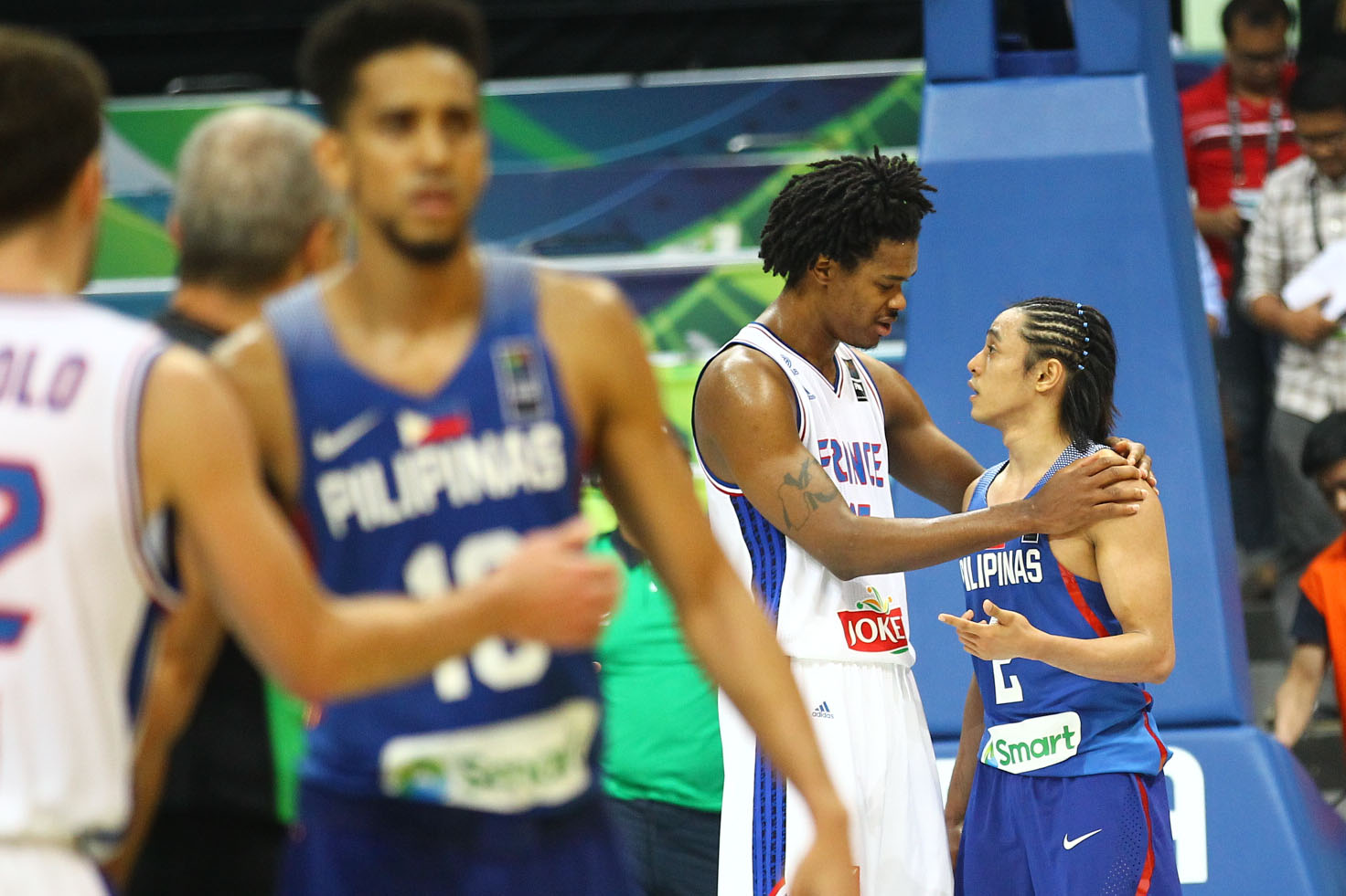 Terrence Romeo of Gilas Pilipinas receives respect from Mickael Gelabale of France. Photo by Josh Albelda/Rappler