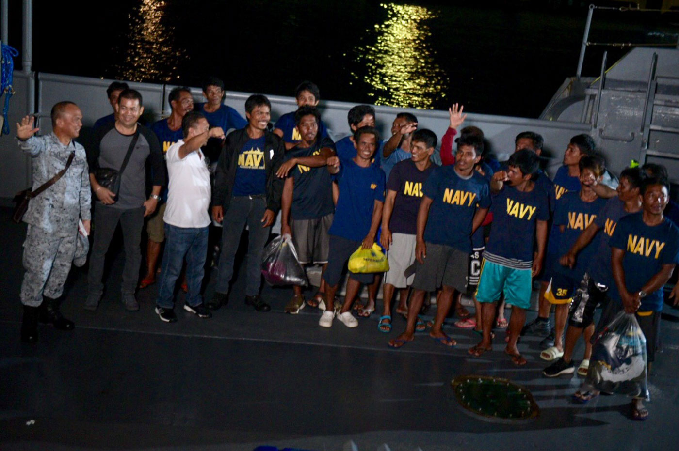 SURVIVORS. Fishermen of fishing boat Gem-Ver pose on June 14, 2019, after surviving a Chinese assault in the West Philippine Sea. Photo by LeAnne Jazul/Rappler