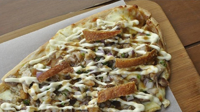 CRISPA. Crispy pork belly pizza. Photo courtesy of Tipsy Pig Gastropub's official Facebook page