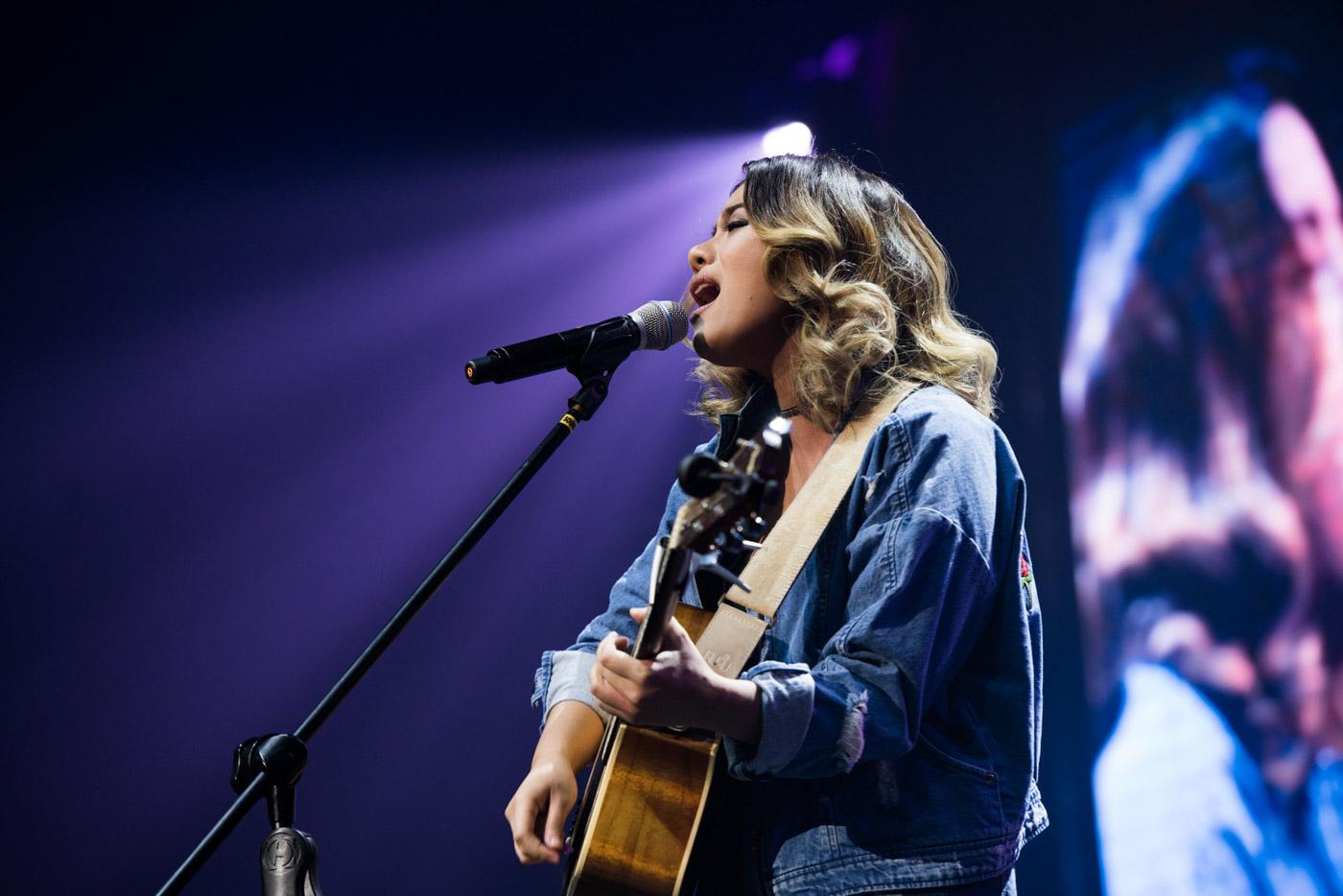 KEIKO NECESARIO. The singer-songwriter performs ahead of Sandara.