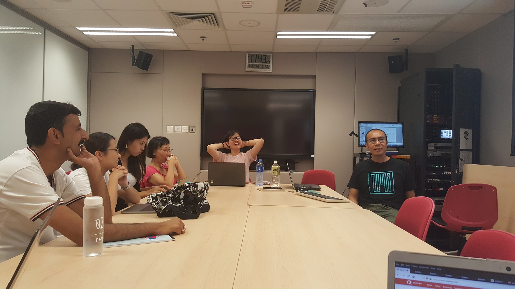 MEETING. The 9 Asian journalists would meet every Saturday to practice for the big presentation and discuss media issues. Photo by Alexa Villano/Rappler