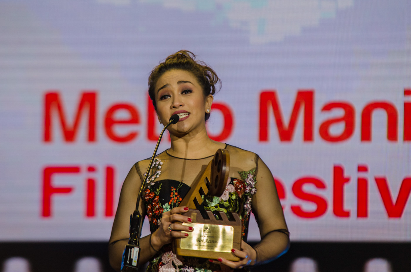 BEST ACTRESS. West End actress Joanna Ampil wins her first MMFF best Actress for her role as Candida in 'Ang Larawan.'