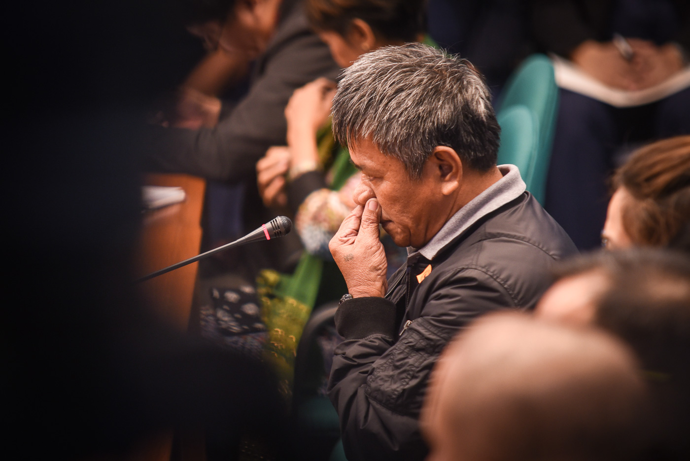 WITNESS. Edgar Matobato testifying at the Senate inquiry into the spate of extrajudicial killings and summary executions under the Duterte administration on September 15, 2016. Photo by LeAnne Jazul/Rappler