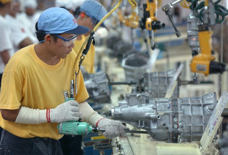 DECLINE. Economic Planning Secretary Arsenio M. Balisacan says the decline mirrors a still sluggish external demand due to weak global economic activity and depressed commodity prices, which continue to strain exports growth. File photo by Romeo Gacad/AFP