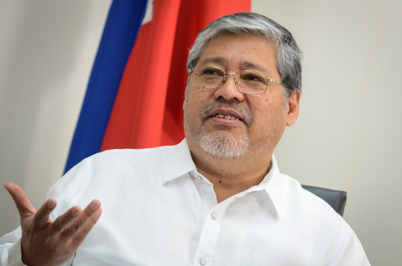 NEW LEADER. Foreign Secretary Enrique Manalo heads the Department of Foreign Affairs after his predecessor, Perfecto Yasay Jr, was rejected by lawmakers. Photo by LeAnne Jazul/Rappler