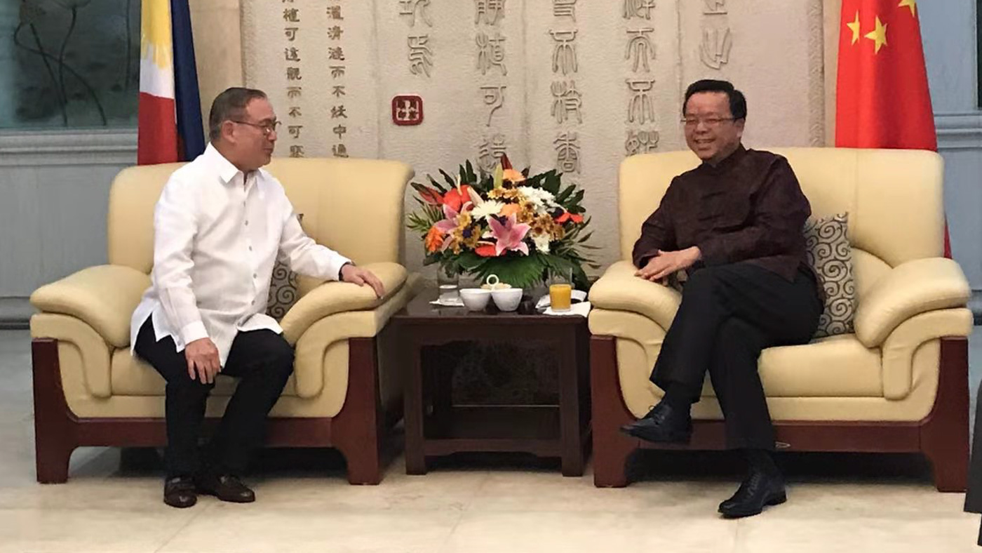 2020. Foreign Secretary Teodoro Locsin Jr celebrates the New Year with newly-appointed Chinese Ambassador to the Philippines Huang Xilian. Photo from Chinese embassy in Manila