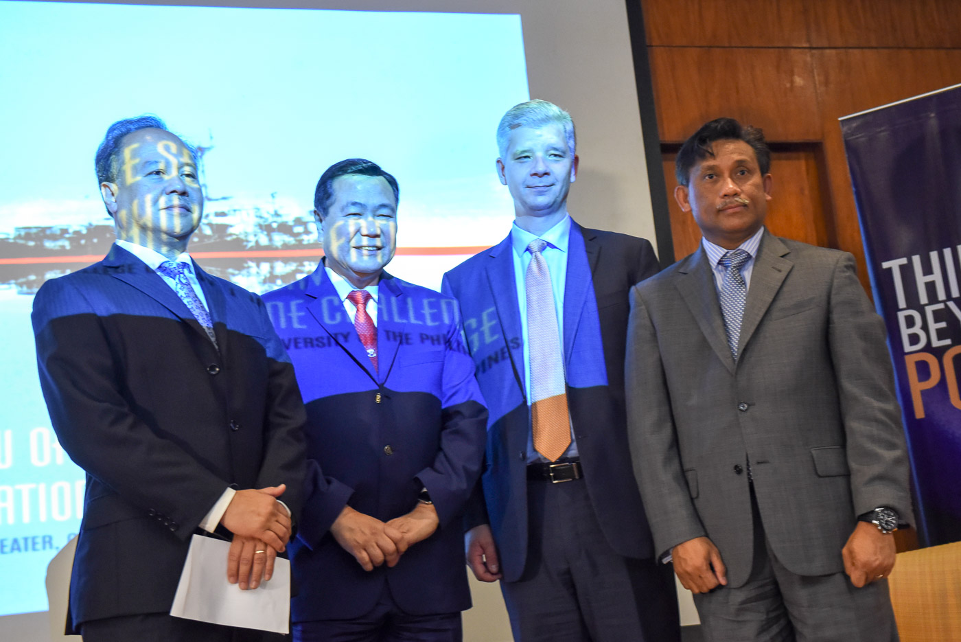 LOW-KEY DIPLOMAT. Henry Bensurto Jr (1st from right), Philippine consul general to San Francisco, is known as a low-key diplomat with the highest of credentials. File photo by LeAnne Jazul/Rappler