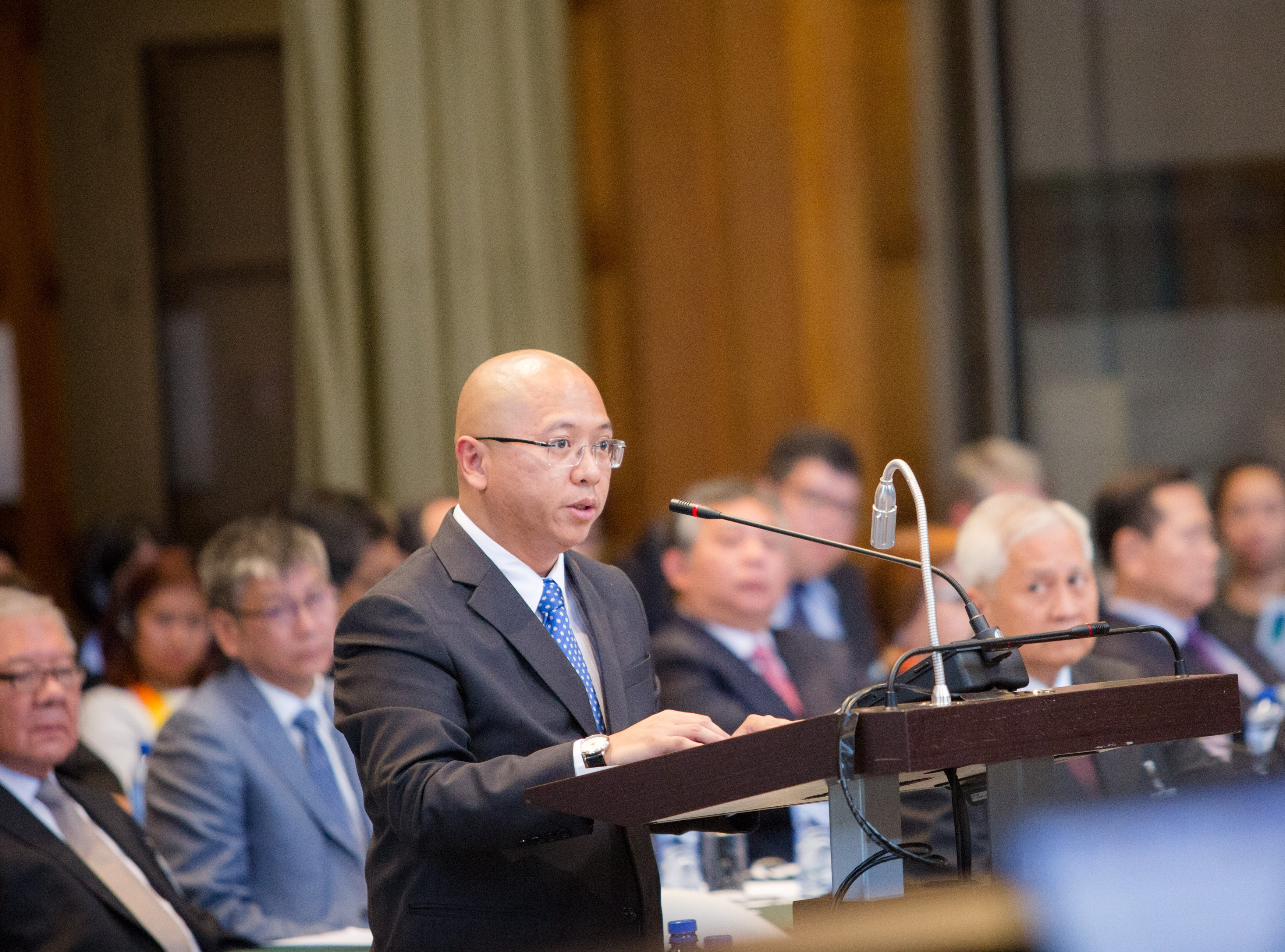 IN DEFENSE OF FOUNDLINGS. A file photo of Solicitor General Florin Hilbay. File photo by Rappler