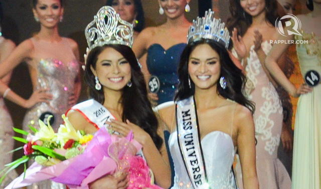 Maxine Medina is crowned by Miss Universe Pia Wurtzbach. Photo by Alecs Ongcal/Rappler
